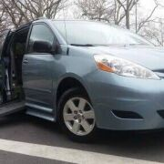 2010 Sienna LE Braunability wheelchair Accessible | $16,995